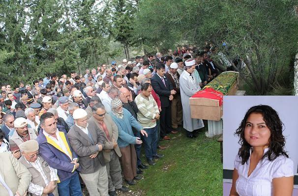 Bebe�i �le Ayn� Mezara Defnedildi