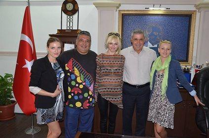 Litvanyal� Gazetecilerden Ba�kan �a�maz�a Ziyaret